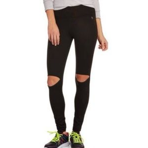 High Waisted Legging Knee Cutout